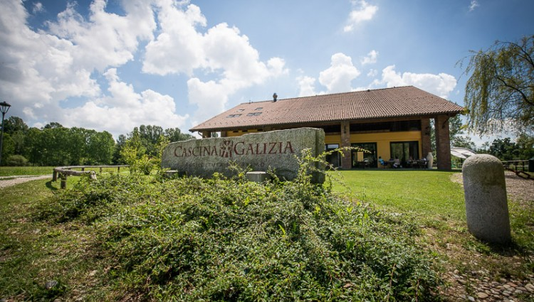 FERRAGOSTO CONTRY & CHIC in CASCINA GALIZIA